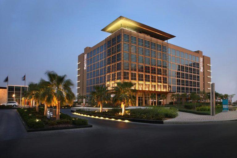 فندق سنترو جزيرة ياس باي روتانا