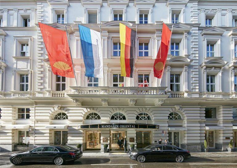 فندق ماندران أوريانتال