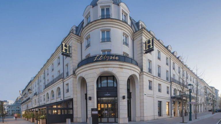 فندق L'Elysée Val d'Europe