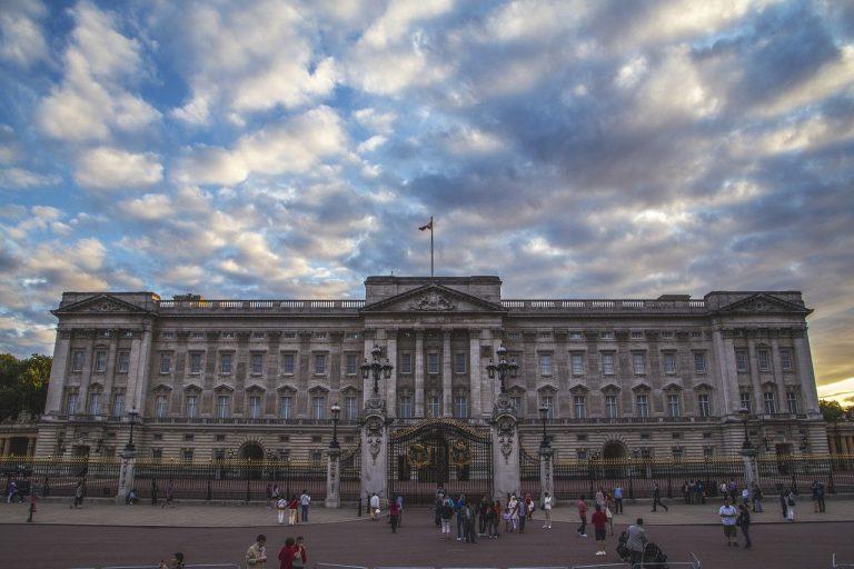 قصر باكنجهام Buckingham Palace